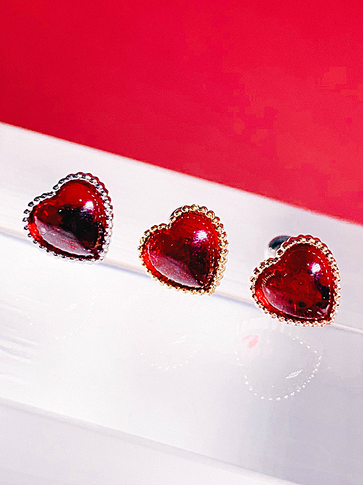 Pure Heart Piercing / Earring [RED]