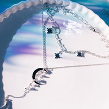 Letter of Luna Necklace [SILVER]